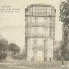 Cartes Postales: POSTAL A CORUÑA. CALLE DE JUANA DE VEGA Y HOTEL DE FRANCIA. REPRODUCCIÓN LA OPINIÓN. Lote 149230246