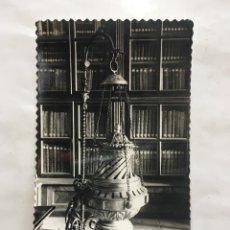 Postales: POSTAL. SANTIAGO DE COMPOSTELA. CATEDRAL. BOTAFUMEIRO. EDIC. ARTIGOT. H. 1958?.. Lote 161249390