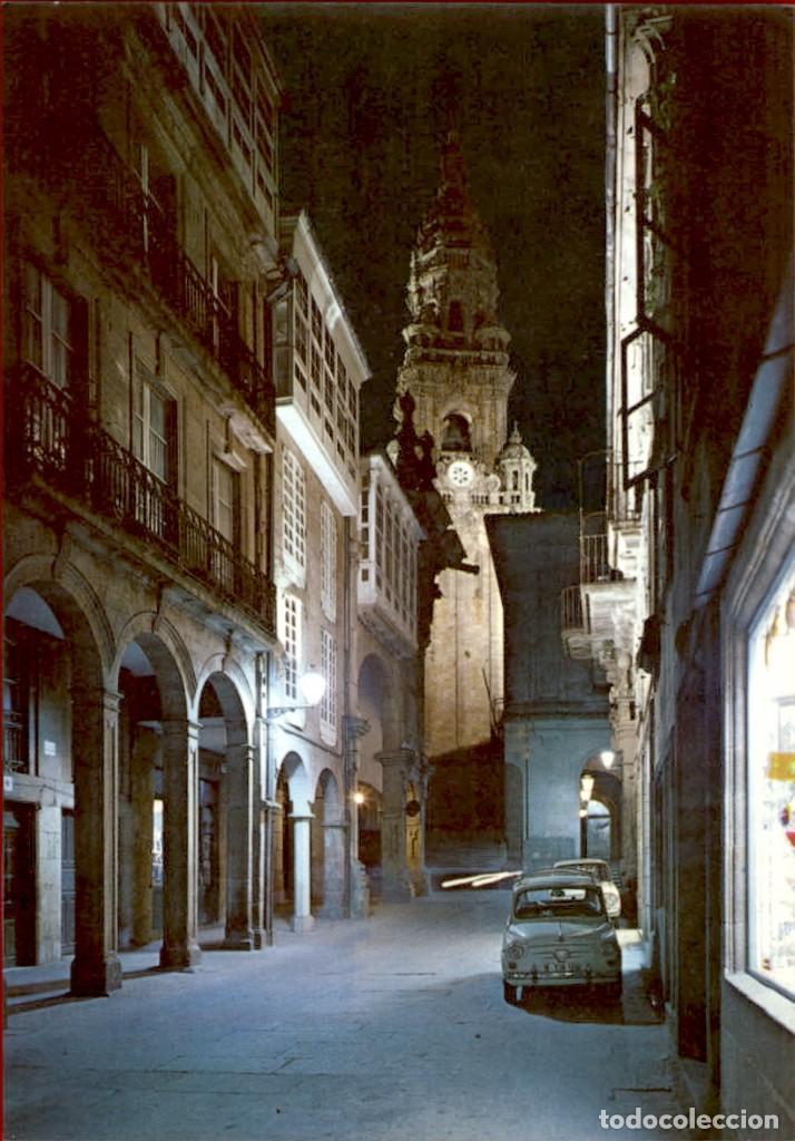 GALICIA – SANTIAGO DE COMPOSTELA – RUA DEL VILLAR - NOCTURNA (Postales - España - Galicia Moderna (desde 1940))