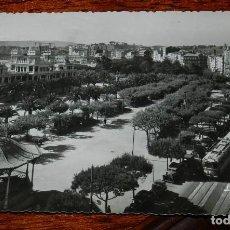Postales: FOTO POSTAL DE LA CORUÑA, LA ALAMEDA Y LOS CANTONES, N.6, ED. L. ROISIN, NO CIRCULADA.. Lote 170185436