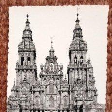Postales: SANTIAGO DE COMPOSTELA - CATEDRAL. Lote 171405644