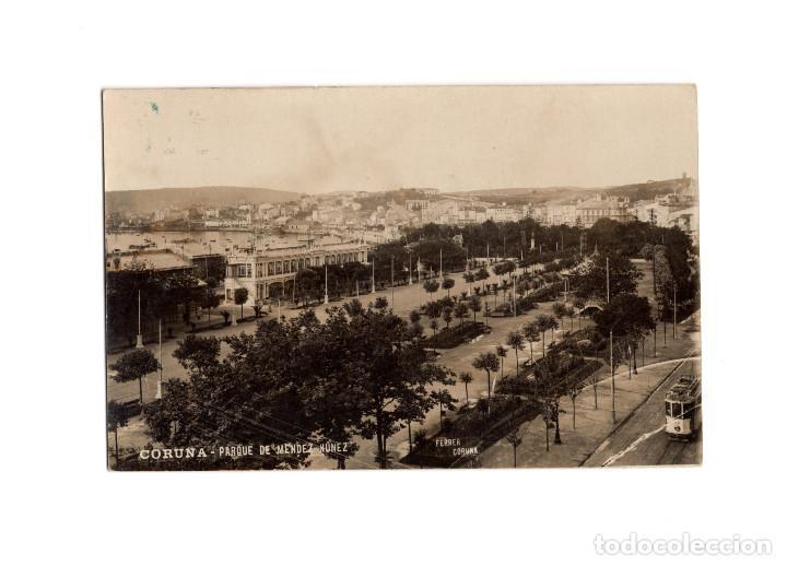 CORUÑA.- PARQUE MENDEZ NUÑEZ. FOTO FERRER. POSTAL FOTOGRÁFICA. (Postales - España - Galicia Antigua (hasta 1939))