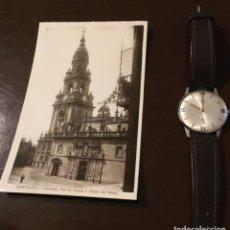 Postales: ANTIGUA POSTAL FOTOGRÁFICA SANTIAGO CATEDRAL PUERTA SANTA Y TORRE DEL RELOJ. Lote 183758252