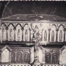 Postales: SANTIAGO DE COMPOSTELA - SARCÓFAGO CON LOS RESTOS DEL APÓSTOL SANTIAGO (NO. 96) - ED. ARTIGOT. Lote 183844337