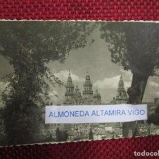 Cartoline: GALICIA SANTIAGO COMPOSTELA, POSTAL, VISTA PARCIAL - FOTOGRAFICA, 60'S S/C Nº 7 EDI BEA+ INFO. Lote 190992850