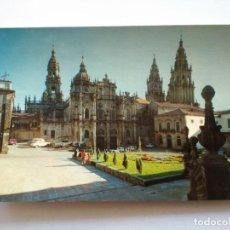 Postales: POSTAL -- SANTIAGO DE COMPOSTELA - CATEDRAL, FACHADA DE LA AZABACHERIA -- ESCRITA --. Lote 194272172