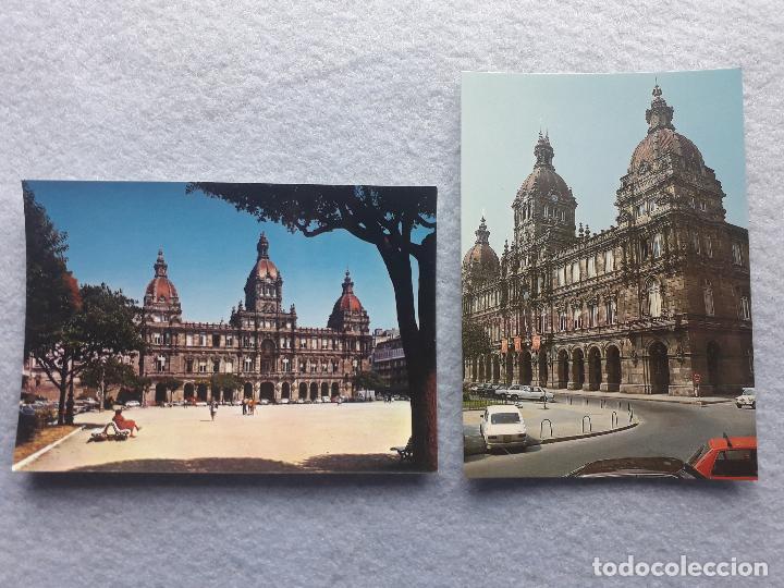 LOTE DE 2 POSTALES DE LA CORUÑA. PALACIO MUNICIPAL. Mª PITA. (Postales - España - Galicia Moderna (desde 1940))