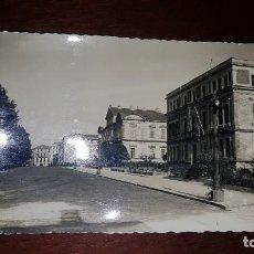 Postales: POSTAL ANTIGUA DE PONTEVEDRA - LA GRAN VÍA. Lote 198759136