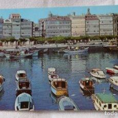 Cartoline: 5 DARSENA Y GALERIAS DE LA MARINA LA CORUÑA. BARCOS 1964 SELLO A. ESPERON FOTOCOLOR VALMAN. Lote 202542757
