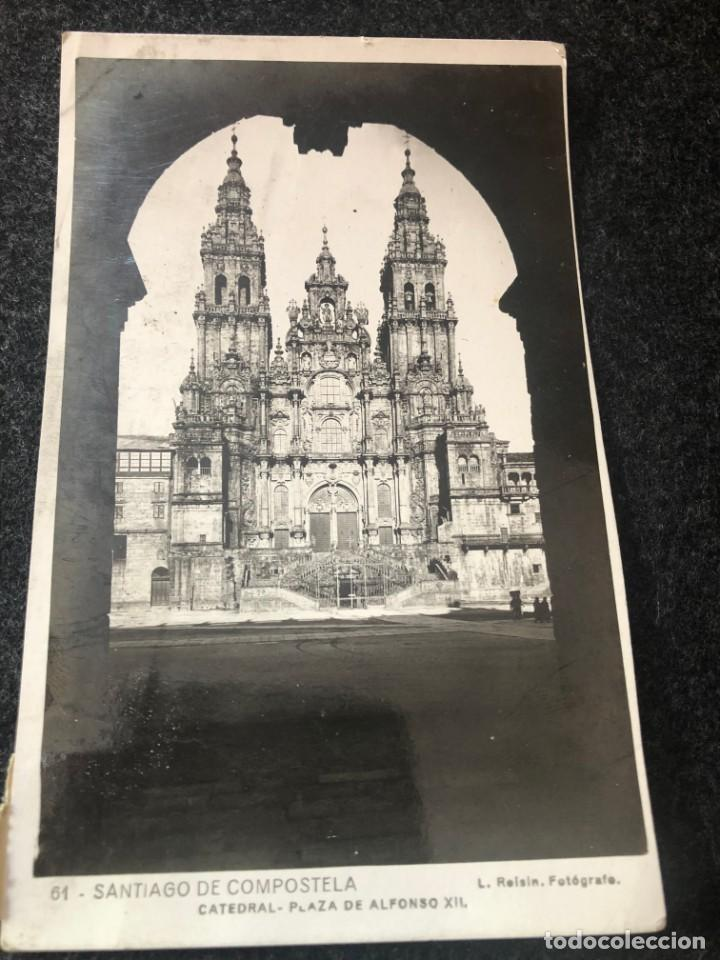 SANTIAGO DE COMPOSTELA. POSTAL NO .61, CATEDRAL. PLAZA DE ALFONSO XIII EDITA: ED. FOTO ROISIN (Postales - España - Galicia Antigua (hasta 1939))