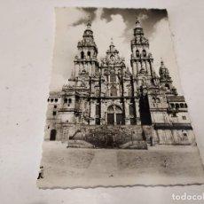Postales: CORUÑA - POSTAL SANTIAGO DE COMPOSTELA - CATEDRAL - FACHADA DE OBRADOIRO. Lote 205148031