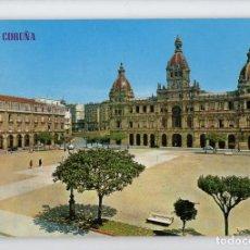 Postales: Nº 219 LA CORUÑA. PLAZA DE MARÍA PITAY Y AYUNTAMIENTO -EDICIONES PARIS, 1966-. Lote 221960386