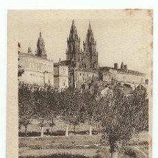 Postales: ANTIGUA POSTAL 99 SANTIAGO DE COMPOSTELA VISTA ARTISTICA L ROISIN. Lote 222556955