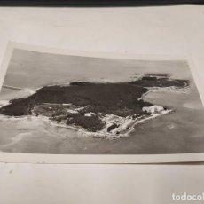 Postales: PONTEVEDRA - POSTAL LA TOJA - VISTA GENERAL DE LA ISLA. Lote 237306740