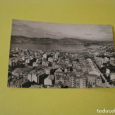 Postales: POSTAL FOTOGRÁFICA DE VIGO. VISTA PARCIAL. ED. POSTAL MADRID. ESCRITA.. Lote 244608395