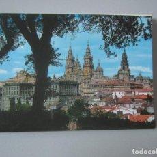 Postales: BLOCK 12 POSTALES SANTIAGO DE COMPOSTELA ( LA CORUÑA ). Lote 244887875