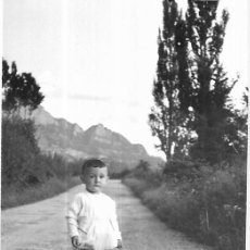 Postales: == HH705 - FOTOGRAFIA - NIÑITO - VALLE DE TENA 1955. Lote 245510115