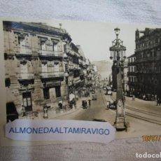 Postales: VIGO POSTAL FOTOGRAFICA CALLE COLON Nº 106 DE EDI ARRIBAS S/C DE LOS 50'S+ INFO. Lote 253698025