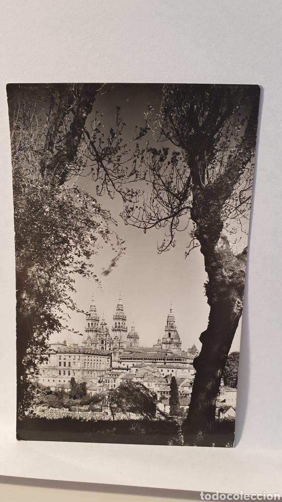 N°12 SANTIAGO DE COMPOSTELA/ VISTA DESDE LA HERREDARURA/ CIRCULADA/ (D.258) (Postales - España - Galicia Antigua (hasta 1939))