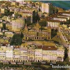 Postales: CORUÑA - 86 AYUNTAMIENTO Y GALERÍAS DE LA MARINA. Lote 270348703