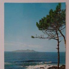 Postales: BAIONA / BAYONA - PAISAJE CON LAS ISLAS CÍES - LAXC - P57402. Lote 277646273