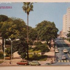 Postales: PONTEVEDRA - AVENIDA DE LA ALAMEDA - SEAT 600 / RENAULT 4 L - LAXC - P57454. Lote 277663903