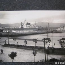Postales: VIGO-MUELLE DE TRANSATLANTICOS-BARCOS-FOTOGRAFIA ANTIGUA-VER REVERSO-(85.371). Lote 296894738