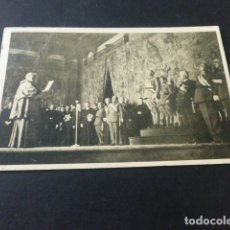 Postales: BURGOS DIA DEL CAUDILLO DE 1938 ARZOBIPO LEE ANTE FRANCO MENSAJE DE LA IGLESIA ESPAÑOLA. Lote 165480454