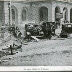 Postales: BARCELONA-AUTOS QUEMADOS EN LA RAMBLAS DELANTE EDIFICIO CAPITANIA-GUERRA CIVIL-RECORTE REVISTA. Lote 171341585