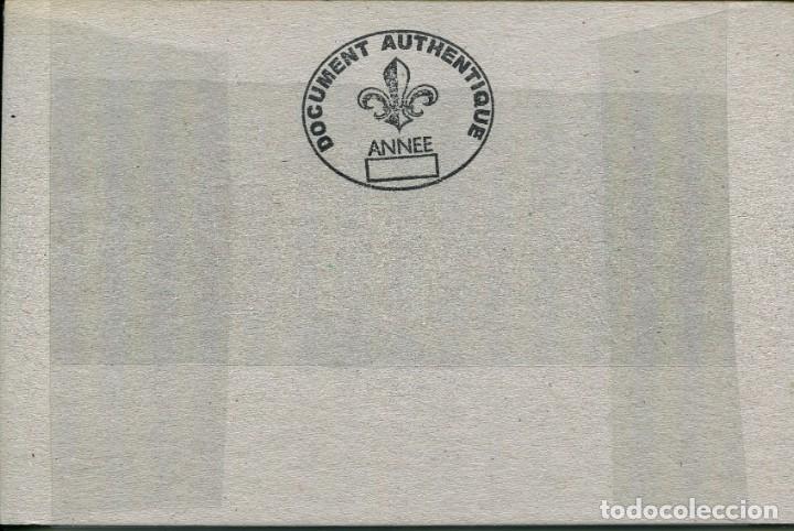 Postales: BARCELONA-AUTOS QUEMADOS EN LA RAMBLAS DELANTE EDIFICIO CAPITANIA-GUERRA CIVIL-RECORTE REVISTA - Foto 2 - 171341585