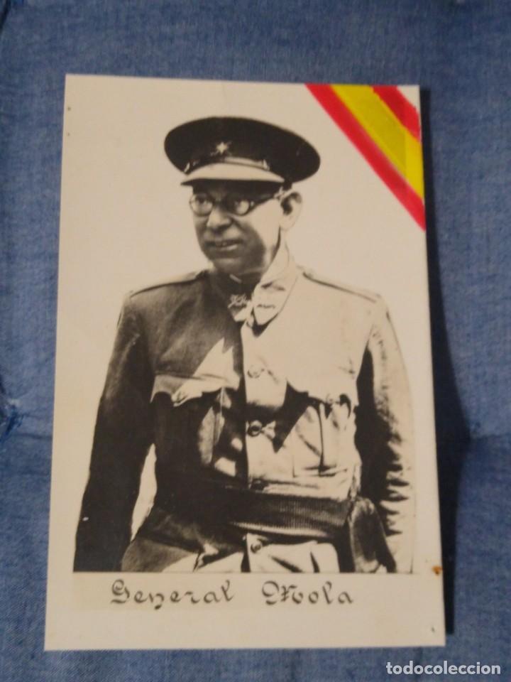 RARA POSTAL PATRIÓTICA. GENERAL MOLA CON BANDERA. .SIN CIRCULAR (Postales - Postales Temáticas - Guerra Civil Española)