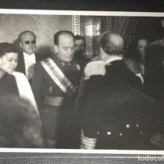 Postales: EL CAUDILLO , FRANCON, RECEPCIÓN DIPLOMÁTICA EN EL PALACIO NACIONAL , 1943 PRIMER PLANO. Lote 243887140