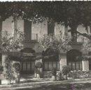 Postales: ANTIGUA POSTAL FOTOGRAFICA TROQUELADA AÑOS 50 HOTEL COLON FOTO GUELL ARGENTONA MBE. Lote 50154296