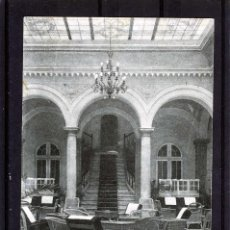 Postales: POSTAL DE MALAGA=HOTEL REGINA-PATIO INTERIOR=EDITADA POR GRAFOS-MADRID .. Lote 94884395