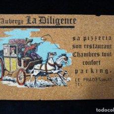 Postales: ANTIGUA POSTAL DE CORCHO, AUBERGE LA DILIGENCE, LE PRADET (FRANCIA), AÑOS 60 (2). Lote 152418358