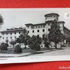 Postales: FUENTERRABIA - HONDARRIBIA GUIPÚZCOA POSTAL ANTIGUA ORIGINAL HOTEL CARLOS V. Lote 224623230