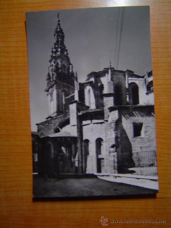 TARJETA POSTAL SANTO DOMINGO DE LA CALZADA TORRE Y ABSIDE DE LA CATEDRAL SIN CIRCULAR (Postales - España - La Rioja Moderna (desde 1.940))