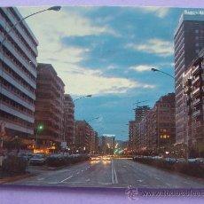 Postales: POSTAL DE LOGROÑO, LA RIOJA. AÑO 1977. GRAN VÍA DEL REY DON JUAN CARLOS I. 433. . Lote 28674897