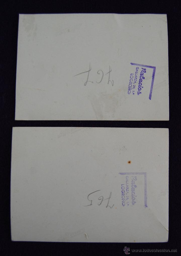 Postales: 2 FOTOS DEL GOBERNADOR CIVIL DE LOGROÑO (CON SOMBRERO) ACUDIENDO A UN ACTO INSTITUCIONAL. 1945 - Foto 2 - 43932027