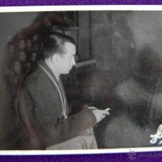 Postales: POSTAL FOTOGRAFICA DE LOGROÑO. EL GOBERNADOR CIVIL DE LOGROÑO, LUIS MARTIN BALLESTERO. 1945. Lote 43932173