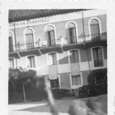 Postales: BAÑOS DE ARNEDILLO.- FOTO MEDIDAS 8,5 X 5,5 CMS. Lote 95671303