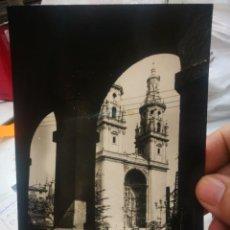 Cartes Postales: POSTAL LOGROÑO CATEDRAL DE SANTA MARÍA DE LA REDONDA N 20 L. MONTAÑES 2962 ESCRITA. Lote 238803205