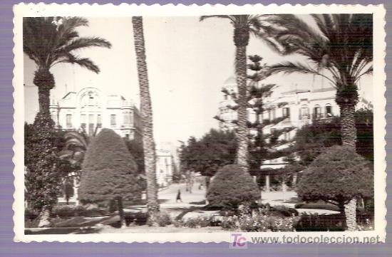 TARJETA POSTAL DE MELILLA. Nº 21. PLAZA DE ESPAÑA. ED. RAFAEL BOIX. (Postales - España - Melilla Antigua (hasta 1939))