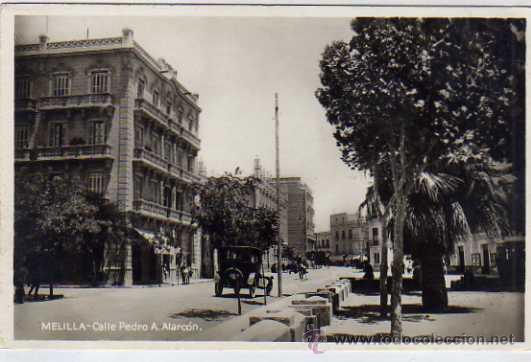 MELILLA CALLE PEDRO A. ALARCON. COCHE DE ÉPOCA. ACABADO FOTOGRÁFICO. ED. BOIX HERMANOS. (Postales - España - Melilla Antigua (hasta 1939))