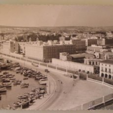 Postales: POSTAL DE MELILLA. AÑOS 30 50. AÑO 1958. VISTA PARCIAL DEL PUERTO Y BARRIO MANTELETE. 1577. . Lote 39576231