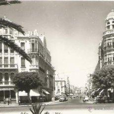 Postales: MELILLA - AVENIDA DEL GENERALÍSIMO - Nº 1041 ED. RAFAEL BOIX. Lote 47850204