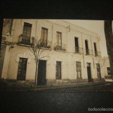 Postales: MELILLA 1920 CALLE DE VILLAFAÑA POSTAL FOTOGRAFICA VIVIENDA. Lote 58077651