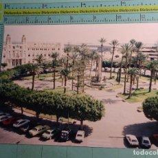 Postales: FOTO FOTOGRAFÍA DE MELILLA. AÑOS 80. PLAZA DE ESPAÑA Y AYUNTAMIENTO. 1483. Lote 107051919