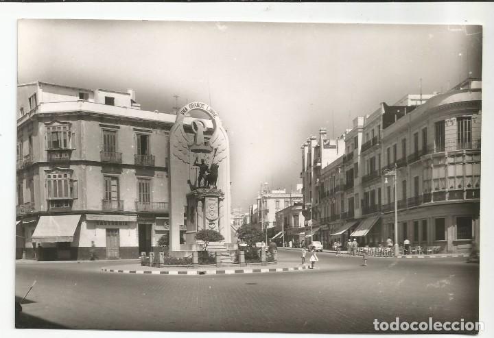 MELILLA - PLAZA DE LOS HÉROES DE ESPAÑA - Nº 1052 ED. ARRIBAS (Postales - España - Melilla Moderna (desde 1940))