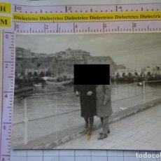 Postales: FOTO FOTOGRAFÍA DE MELILLA. AÑOS 50 60. CLUB NAÚTICO PUERTO PESQUERO, EL PUEBLO. 2101. Lote 159531870